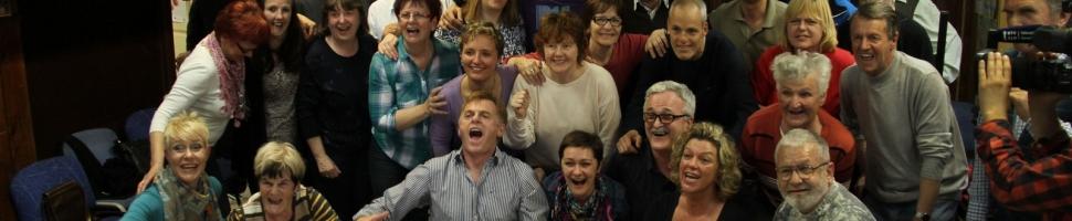 Predstavitev smejalne terapije gluhim in naglušnim